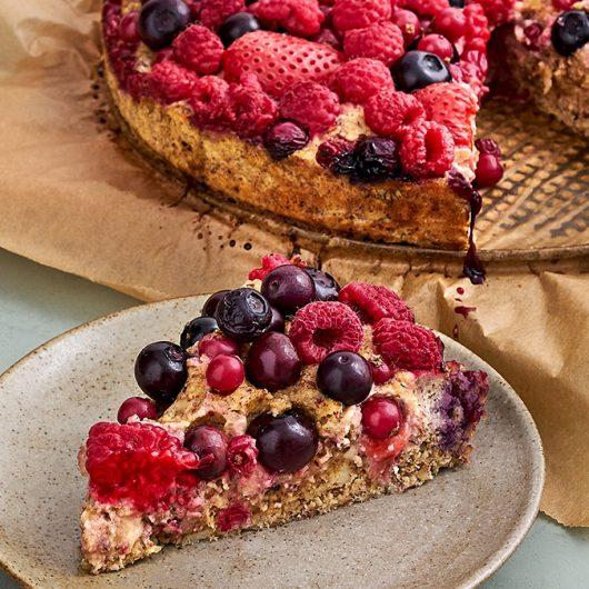 Beeren-Nuss-Kuchen