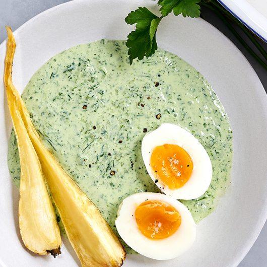 Grüne Soße mit Ei & Pastinaken